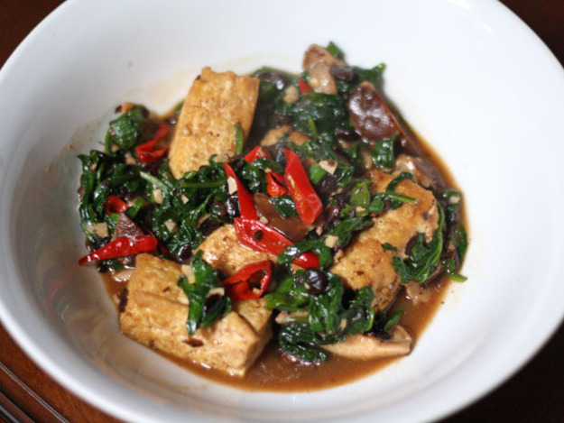Home-Style Tofu with Mushrooms, Spinach, and Fermented Black Beans Recipe