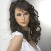 Jennifer Love Hewitt Exposed