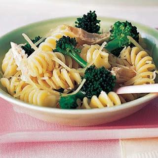 Fusilli With Broccoli and Chicken.