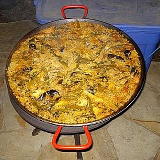 Mama and Papa's Paella from Pieds Noir Country!.