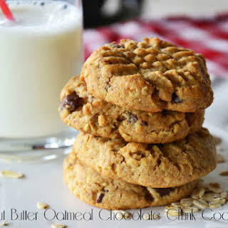 Healthy Peanut Butter Oatmeal Chocolate Chunk Cookies.