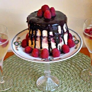 Golden Vanilla Cake with Raspberries and Nutella Ganache