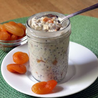 Apricot Ginger Refrigerator Oatmeal