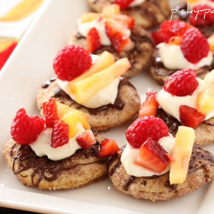 Cinnamon and Sugar Toasted Mini Pita Fruit Nachos Recipe