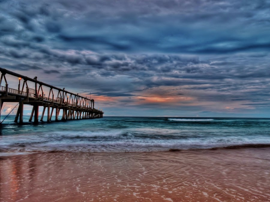 Sunset View by Simon Tidd - Landscapes Sunsets & Sunrises ( qld, the spit, sunset, pier, beach )