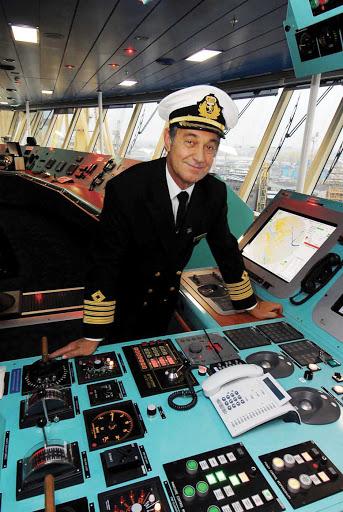 Cunard-Queen-Victoria-Captain-Wright - Captain Wright on the bridge of Queen Victoria.