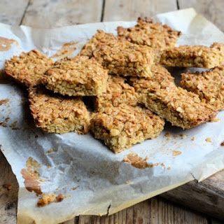 Low Fat, Oats & Agave Nectar and Raisins Flapjacks.