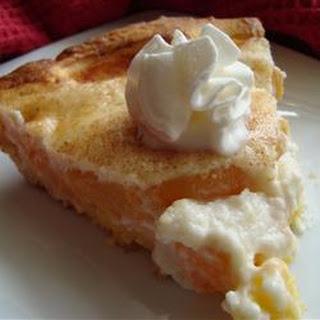 Award Winning Peaches and Cream Pie