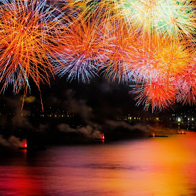 Bursts of Many Colors by Darrell Champlin - Public Holidays New Year's Eve (  )