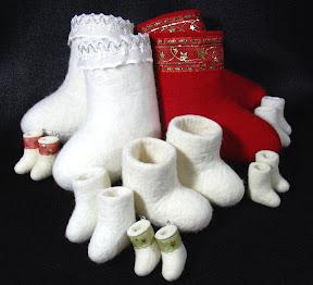 ...ручное мокро-валяние из шерсти, сувенирные валенки, мини-валенки.