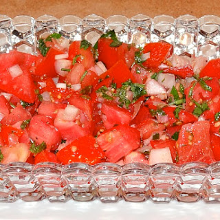 Tomato Salad with Spices and Herbs