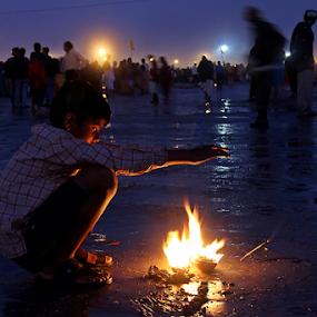 Enjoying the winter. by Debasish Naskar - Babies & Children Children Candids ( sagar, winter, chill, boy, fire )