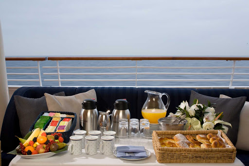 early-riser-buffet-SeaDream - Wake up to an early risers buffet with an ocean view during your SeaDream sailing.