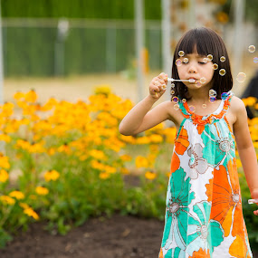 Bubble Fun by Gary Piazza - Babies & Children Toddlers ( bubbles, kids, fun, toddlers,  )