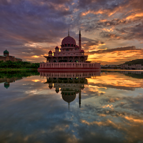 Blissful Sunrise at Putra Mosque by Nur Ismail Mohammed - Buildings & Architecture Places of Worship ( masjid, hdr, putra, mosque, putrajaya, place of worship, sunrise )