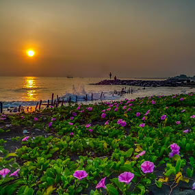 mancing by Dugalan Poto - Landscapes Beaches ( indonesia, dugalan, seascape, fishing, beach, muarareja, tegal,  )