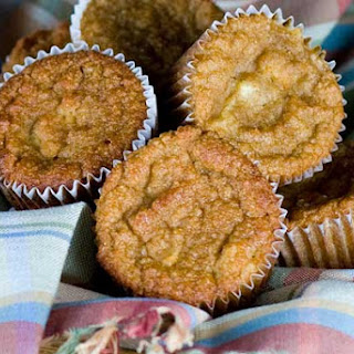 Gluten Free Cinnamon Apple Muffins.