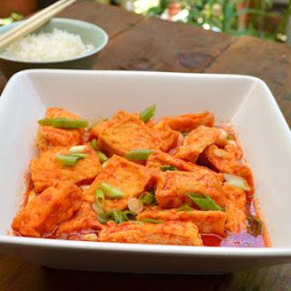 Fried Tofu in Tomato Sauce Recipe