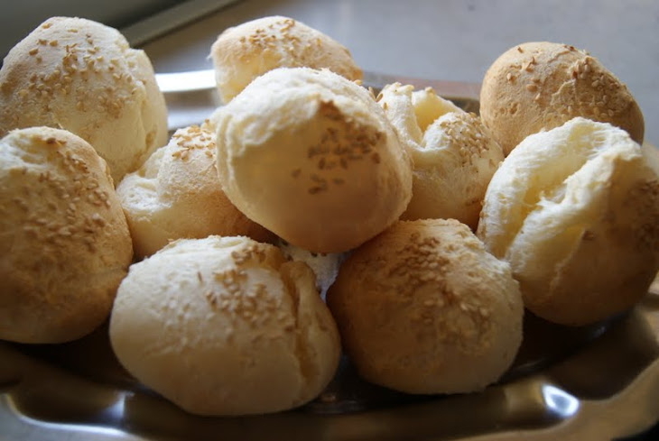 Cheese Buns with Sesame Seeds