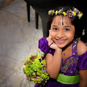 Flower Girl by Kavindu Anthony - Wedding Other ( girl, girl with piano, purple, flower bouquets, wedding, wedding group, baby, cute, flower girl, flower )