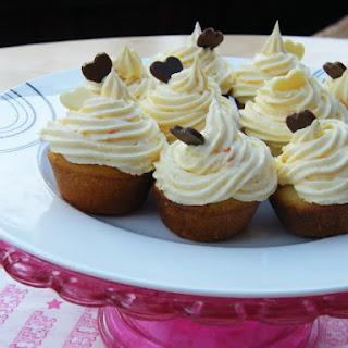 Mini Vanilla Cupcakes Recipe