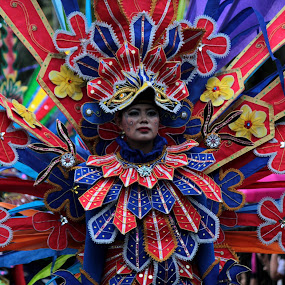 Carnival Performer by Elha Susanto - People Street & Candids