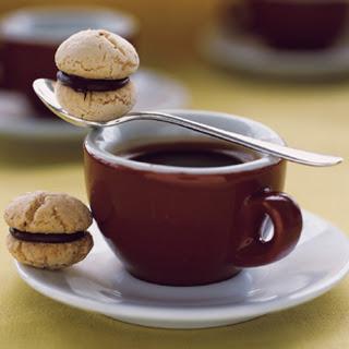 Chocolate-Filled Hazelnut Cookies.