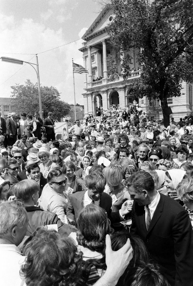 Kennedy Campaign In Indiana