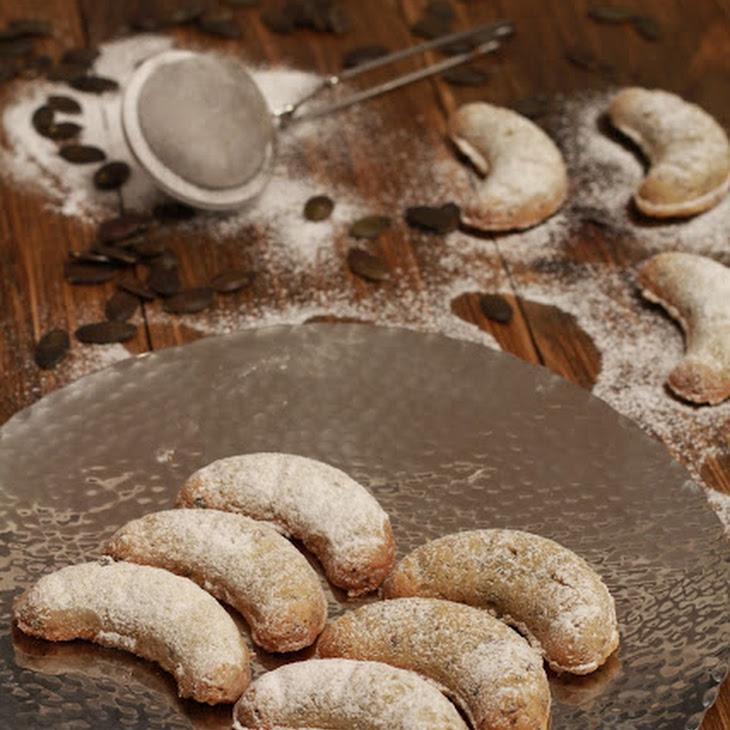 Kurbiskernkipferl (austrian Pumpkin Seed Croissants)