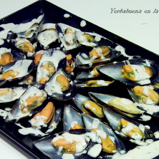 Mussels with Blue Cheese.