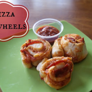 {Freezer to Lunchbox Series} Pizza Pinwheels