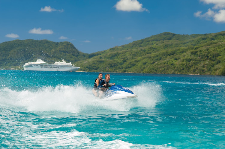 Let loose by taking in Huahine by jetski, tropical wind in your face, during a Paul Gauguin cruise.