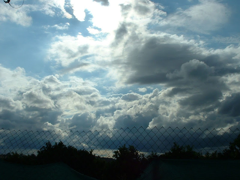 Fotos Gratis Cielos - Nubes blancas atardecer