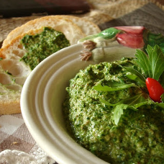 "Sauce ""pesto"" Of Celery And Capers."