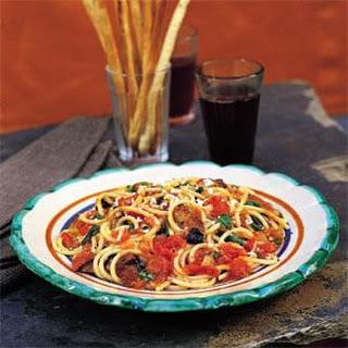 Spaghetti with Eggplant, Cheese and Tomato Sauce (Spaghetti alla Norma)