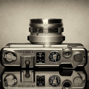 Old Camera by Mohamed Mahdy - Artistic Objects Still Life ( old camera, old, b&w, yashka, camera, lens, object )