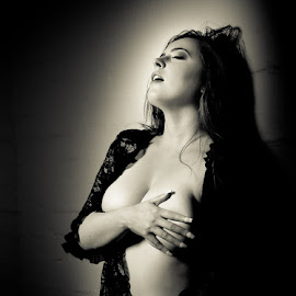 Hot Stuff by Simone Sheridyn - Black & White Portraits & People ( sexy, erotica, black and white, elegant, moody, hot )