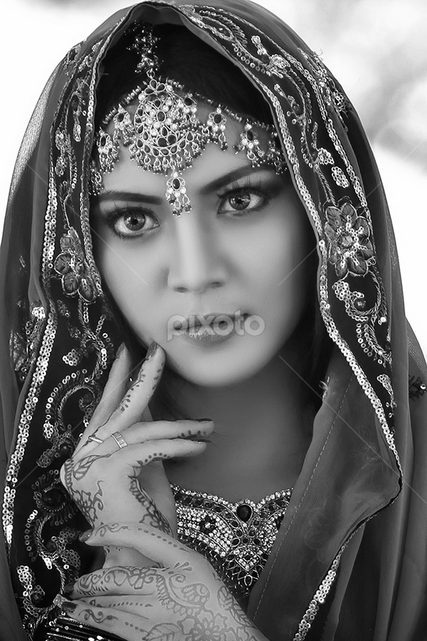 my BW by Shyone Areola - People Portraits of Women