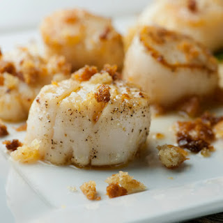 Brown Butter Scallops with Crispy Breadcrumbs.