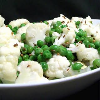 Indian Peas And Cauliflower.
