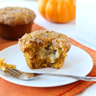 Pumpkin Muffins with Cinnamon Cream Cheese Filling.