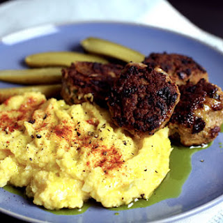Paleo Meatballs With Garlic Cauliflower & Pumpkin Mash