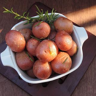 Slow Cooker Sunday! Rosemary Sea Salt Potatoes!!