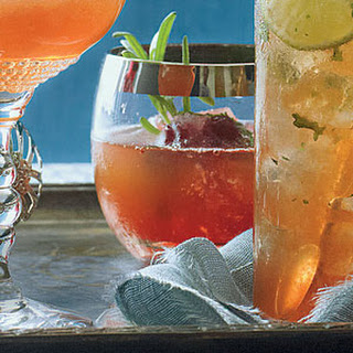 10 Best Bourbon And Cranberry Drinks Recipes