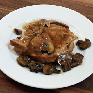 Braised Pork Chops With Mushrooms