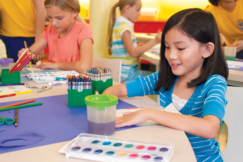 Kids will have a good time exploring the world of color and creativity in Imagination Studio aboard Oasis of the Seas.