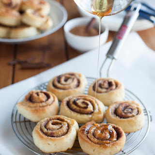 Chelsea Buns Aka Cinnamon Rolls With Honey Glaze
