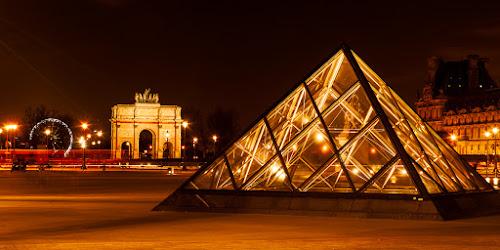 Louvre by Martin Zenisek - Buildings & Architecture Public & Historical ( paris, louvre, night photography, color, night,  )