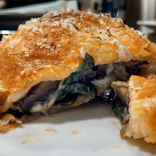 Meatless Monday ~ Mushroom Wellingtons