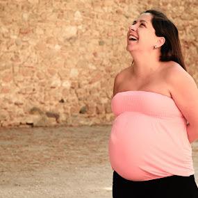 by Ricardo Rocha - People Maternity ( castelo de são jorge, retrato, carla rocha, lisboa, gabriel rocha )